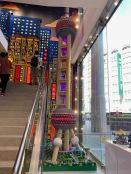 china-marketing-blog-lego-flagship-shanghai-oriental-pearl-tower
