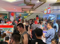 china-marketing-blog-fao-schwarz-beijing-opening-7