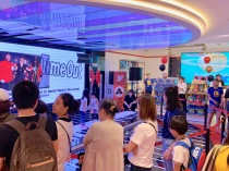 china-marketing-blog-fao-schwarz-beijing-opening-8