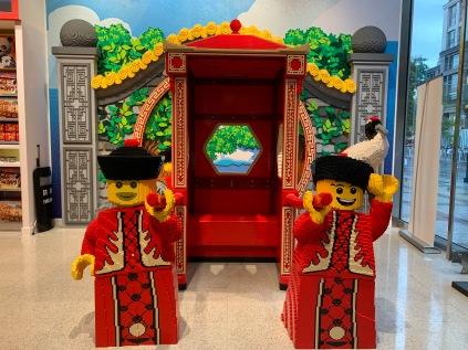 china-marketing-blog-lego-flagship-beijing-2