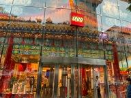 china-marketing-blog-lego-flagship-beijing-9