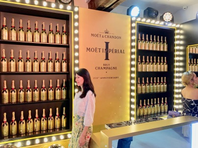 china-marketing-blog-moet-imperial-150-anniversary-shanghai-4