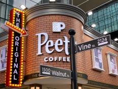 china-marketing-blog-peets-coffee-pop-up-4