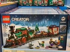 china-marketing-blog-christmas-lego-flagship-shanghai-4