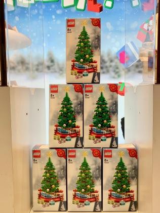 china-marketing-blog-christmas-lego-flagship-shanghai-8